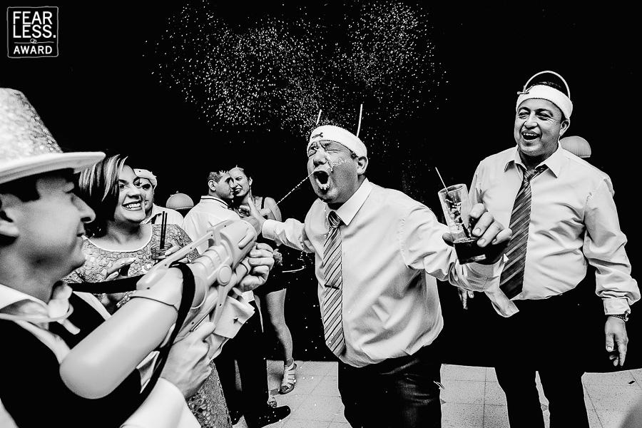 Foto premiada por Fearless Photographer al mejor fotógrafo de la Argentina a Marcos Llanos Photographers, el portal de fotograías de bodas más prestigioso mundialmente